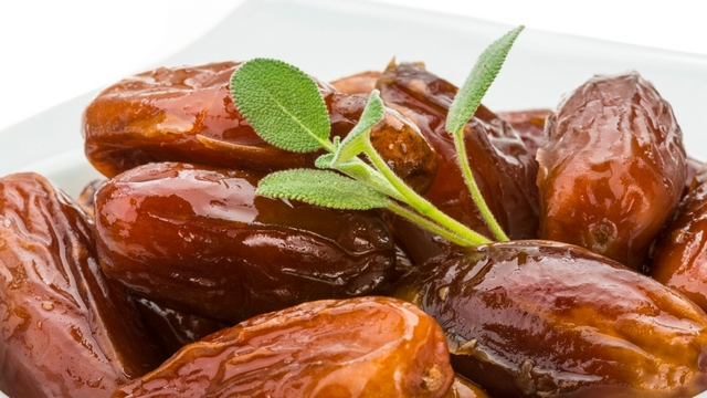Saving Money By Buying Dried Dates Fruitlessly