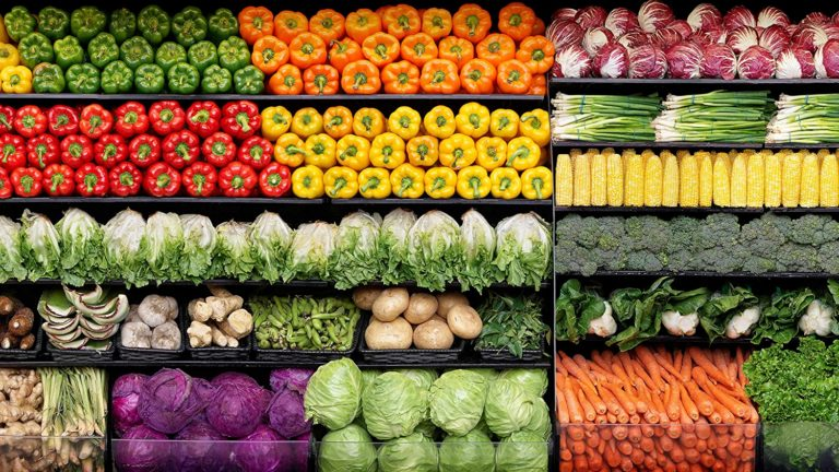 Natural Foods Suppliers Help Customers Stay Healthy and Save Money